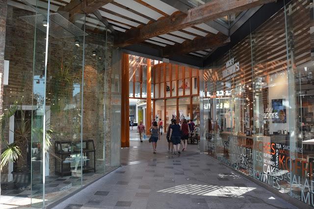 Modern Maastricht shopping