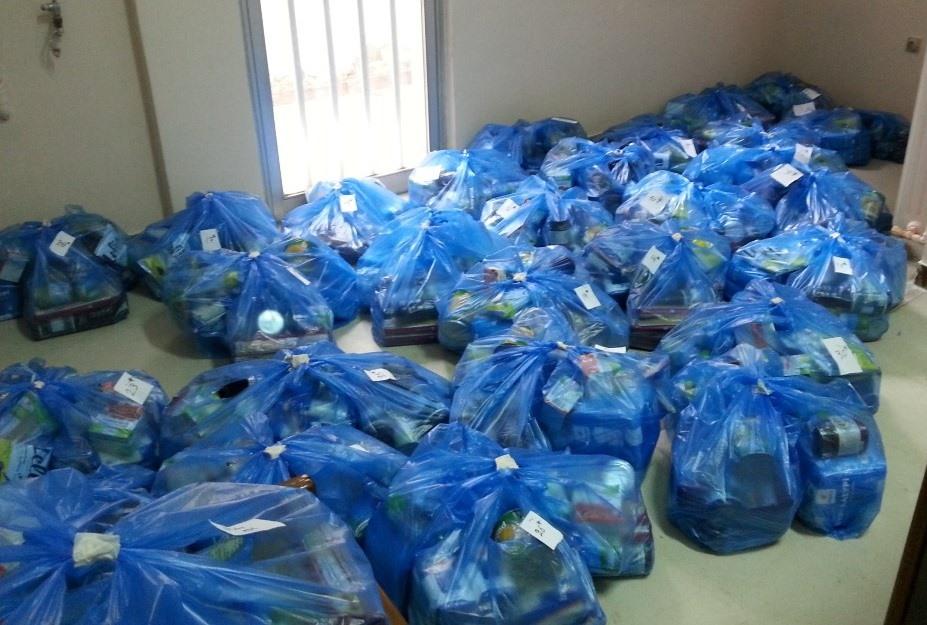 Διανομή τροφίμων από το Κοινωνικό Παντοπωλείο Δήμου Τυρνάβου