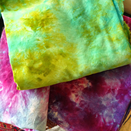 Wine Art Wednesdays: How to Ice-Dye: a Gypsy Theories Blog Post