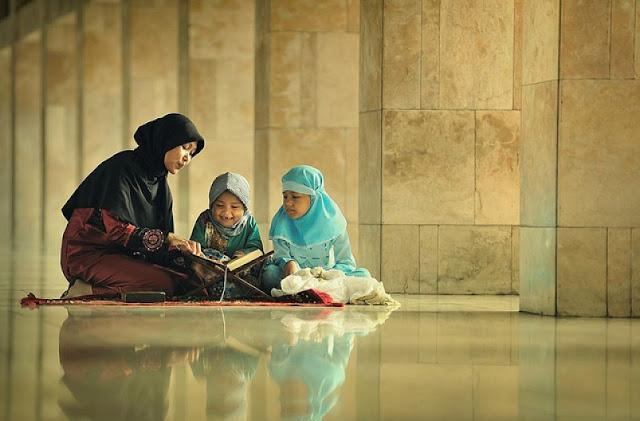 Ajarkan anak hafalkan doa dengan cara berikut