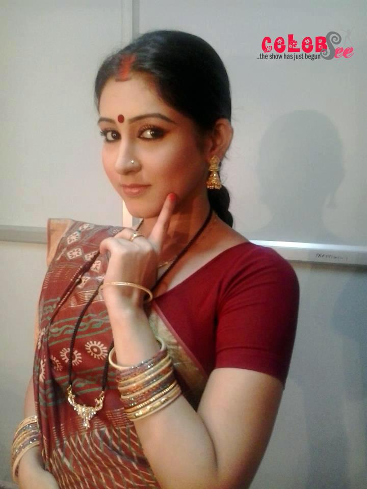 Celebsview Kolkata Bangla Hot Actress Oindrila Sencelebsview