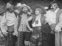 "Кадр из фильма Чарли Чаплина ""Пародия на Кармен"" / Burlesque on Carmen (1916) - 3"