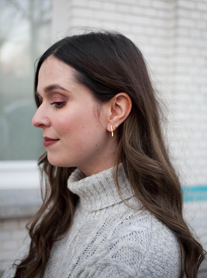 lobogato asymmetrical bar stud earrings