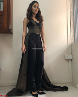 Nushrat Bharucha New Bollywood sensation from Sonu Ke u Ki Sweety Exclusive Unseen Pics ~  Exclusive Gallery 044.jpg