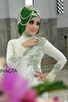 Model Kebaya Modern Terbaru dengan Hijab