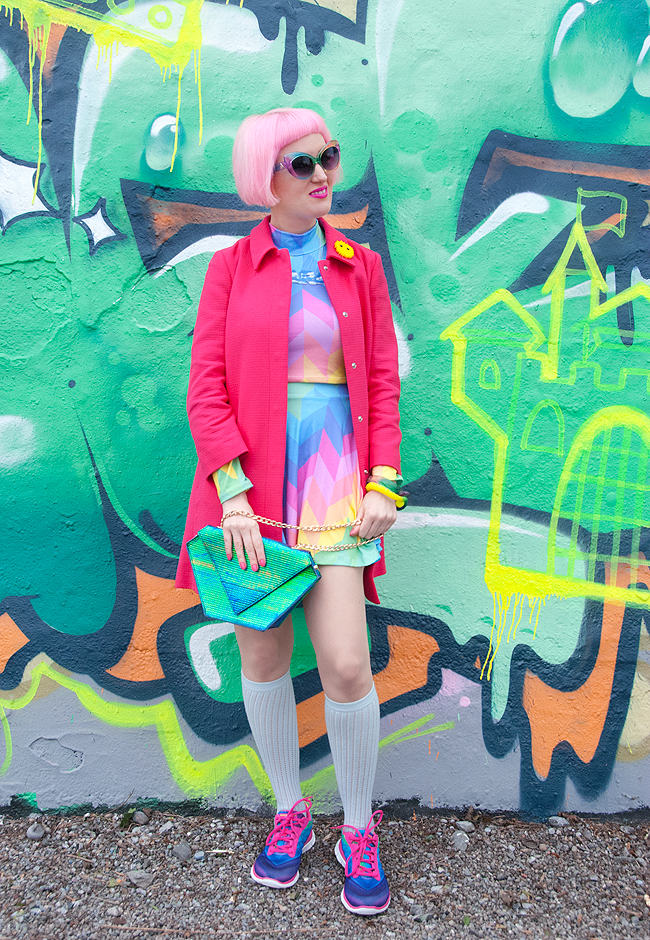 blogger look, colourful outfit, pink spring coat