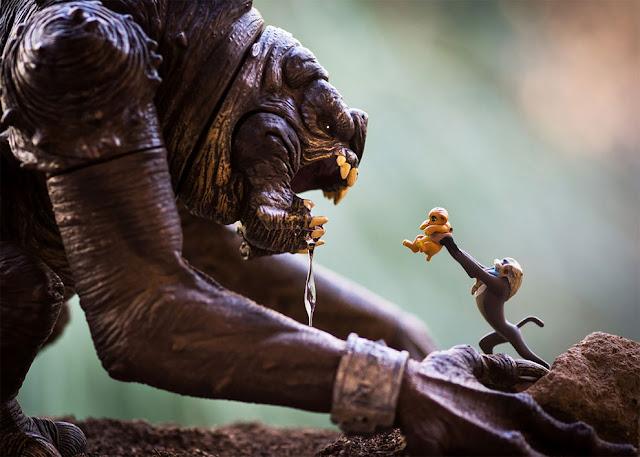 Король-Лев и Рафики против монстра