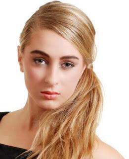 gaya-rambut-wanita-side-ponytail_11245