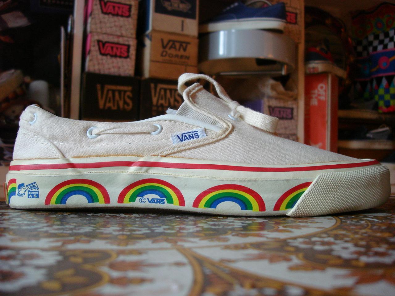 Rainbow Vans: Theothersideofthepillow: Vintage VANS Rainbow SCENE AS 15