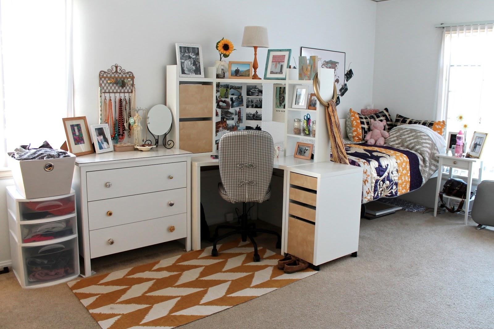 The Caffeinated Closet Apartment Style