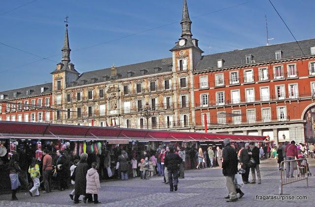 Mercado de Natal na Plaza Mayor, Madri, Espanha