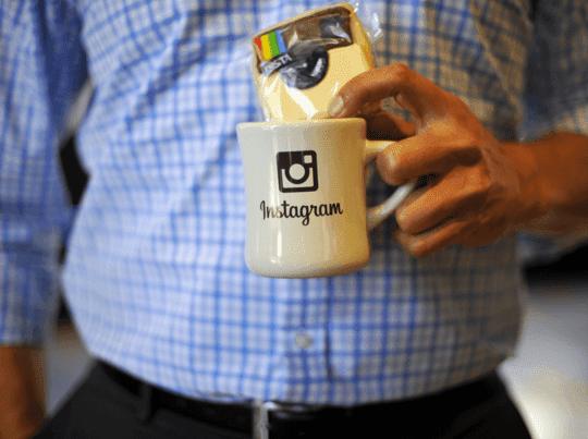Namun banyak orang yang belum mengetahui cara menghapus instagram secara permanent. Untuk dapat membantu menghapus instagram, ikuti langkah-langkah berikut ini
