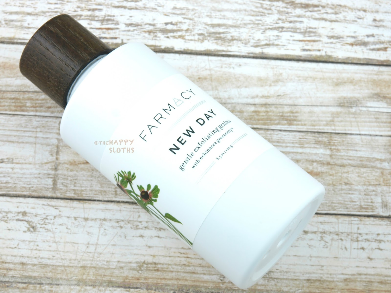 Farmacy Skin Dew Hydrating Essence Mist & Setting Spray | New Day Gentle Exfoliating Grains: Review