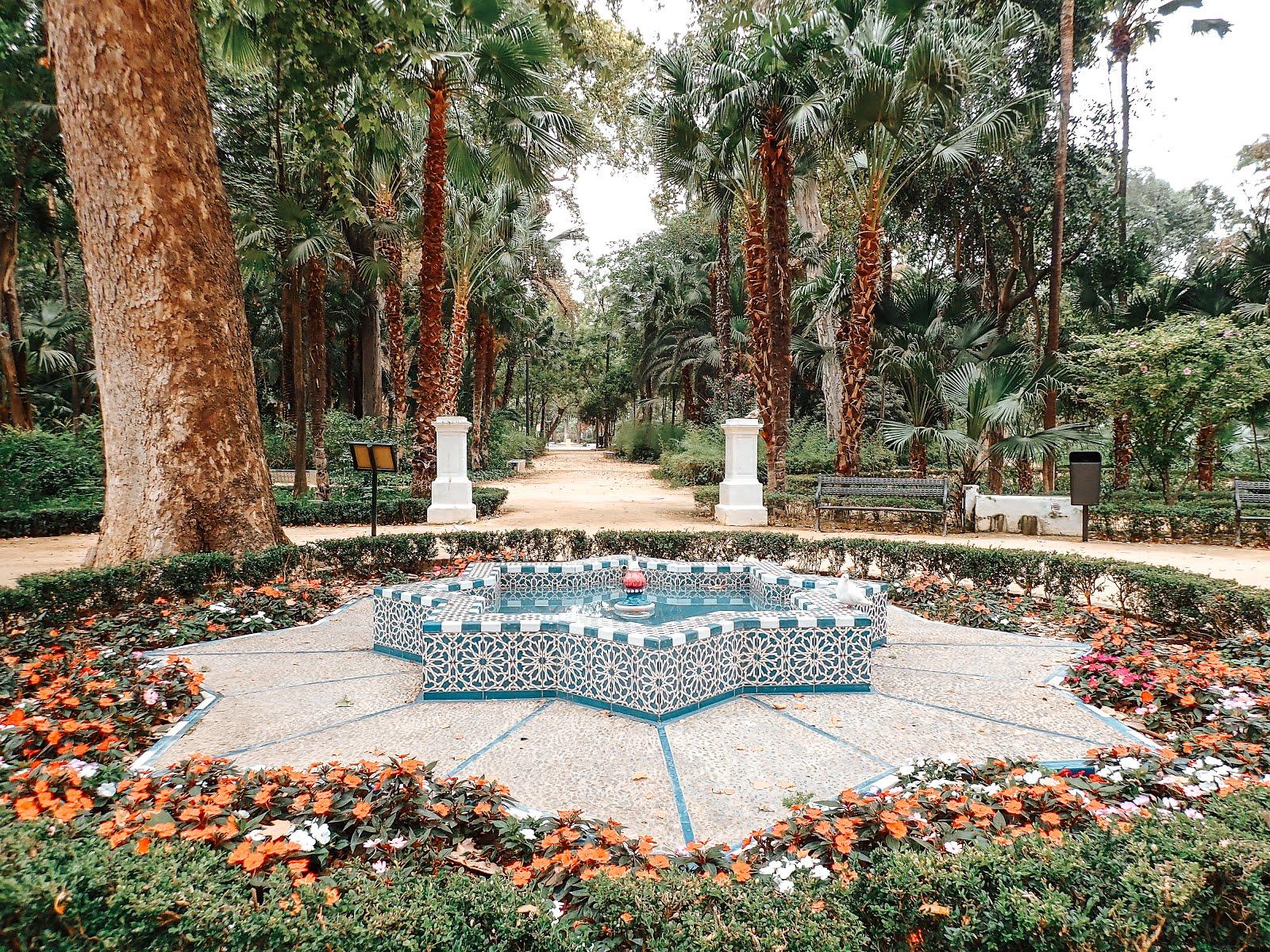 parc-maria-luisa-séville-fontaine-mosaïque