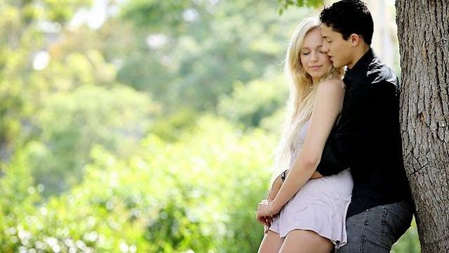 (Humor) Kisah Sedih Gadis Cantik yang Putus Asa Menyimpan Kisah Misterius di Balik Ciuman Terakhirnya