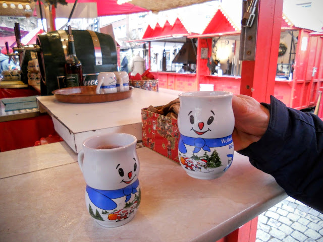 Snowman Christmas mugs