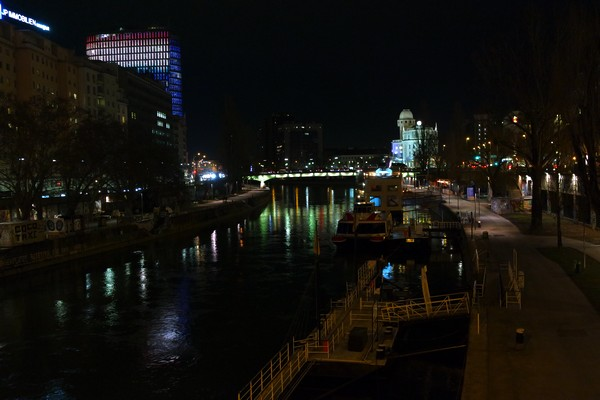 vienne nuit canal danube