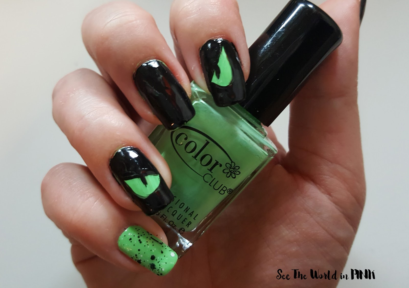 Manicure Monday - Best of Halloween Nail Art Looks!