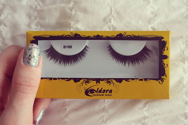 Glossybox, Anniversary Edition handmade eyelashes review