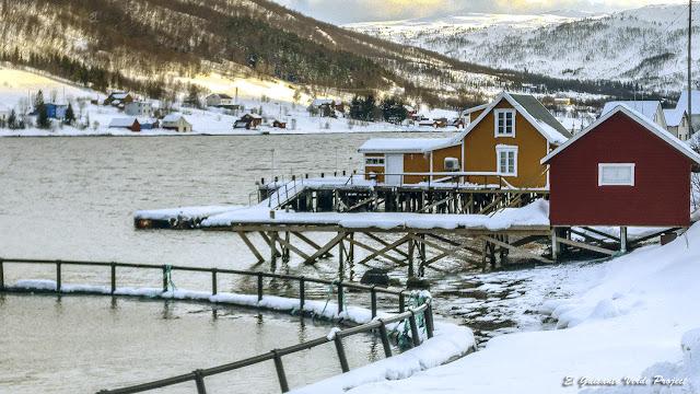 Casas de pescadores en Ersfjordbotn, Kvaløya - Tromso por El Guisante Verde Project
