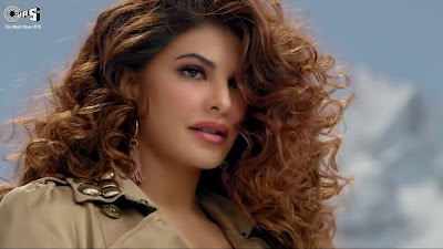 jacqueline fernandez beautiful hd wallpapers In Race 3 Song