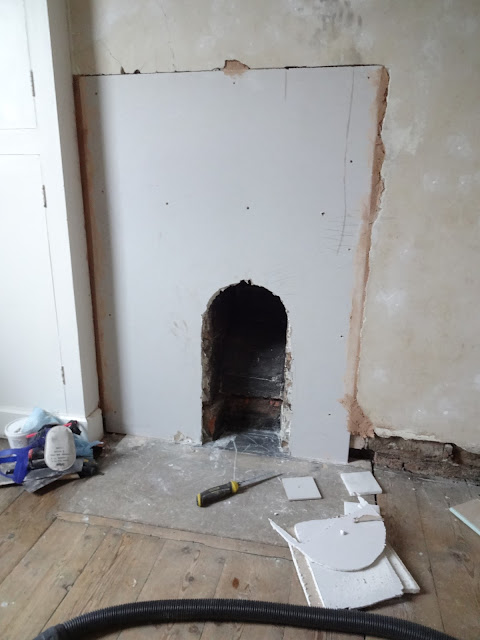 plasterboard around victorian chimney