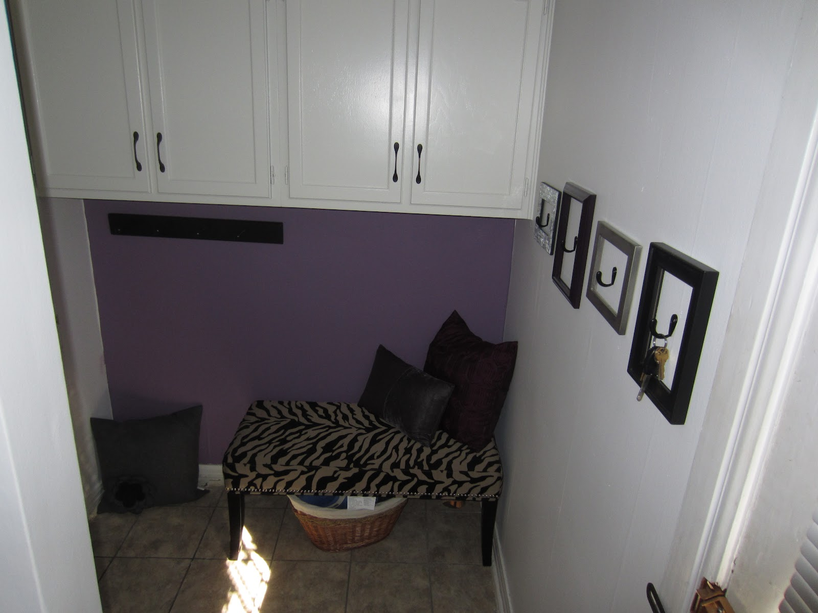 After Accent Wall Paint Valspar Evening Lilac Jpg 1600x1200 Gray