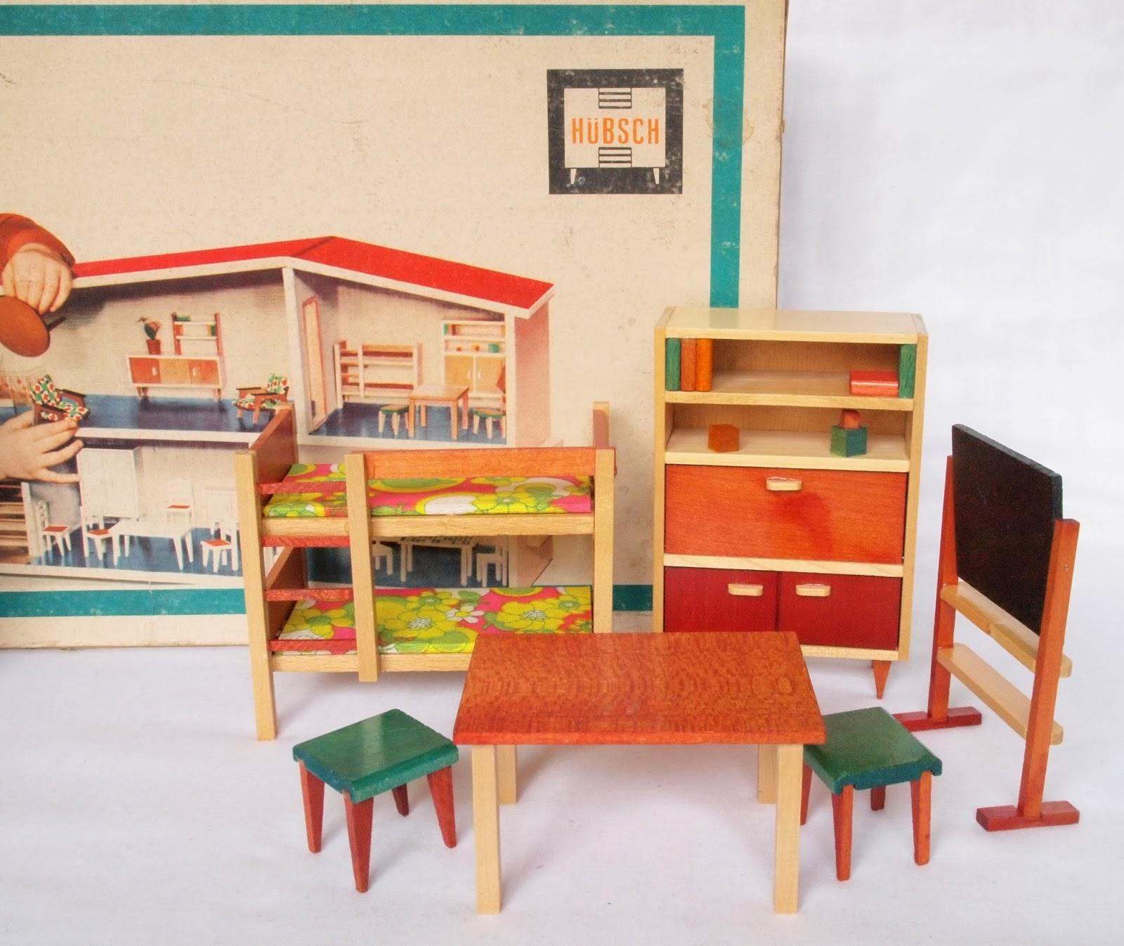 Diepuppenstubensammlerin kinderzimmer nurseries for Kinderzimmer 70er