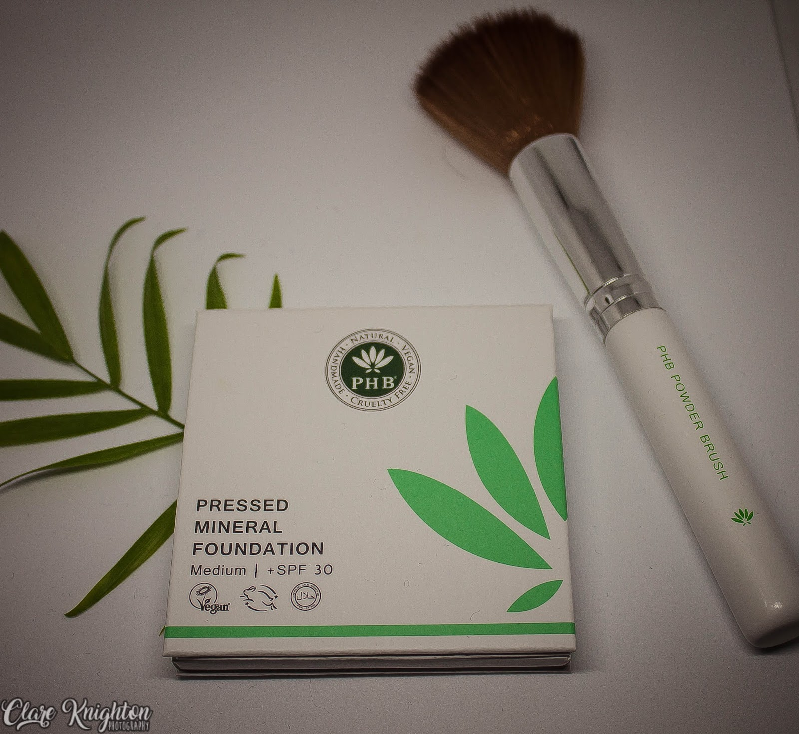 PHB Ethical Beauty   Pressed Mineral Foundation   Review   Clare ...