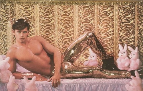 tiger by the tale pierre et gilles. Black Bedroom Furniture Sets. Home Design Ideas