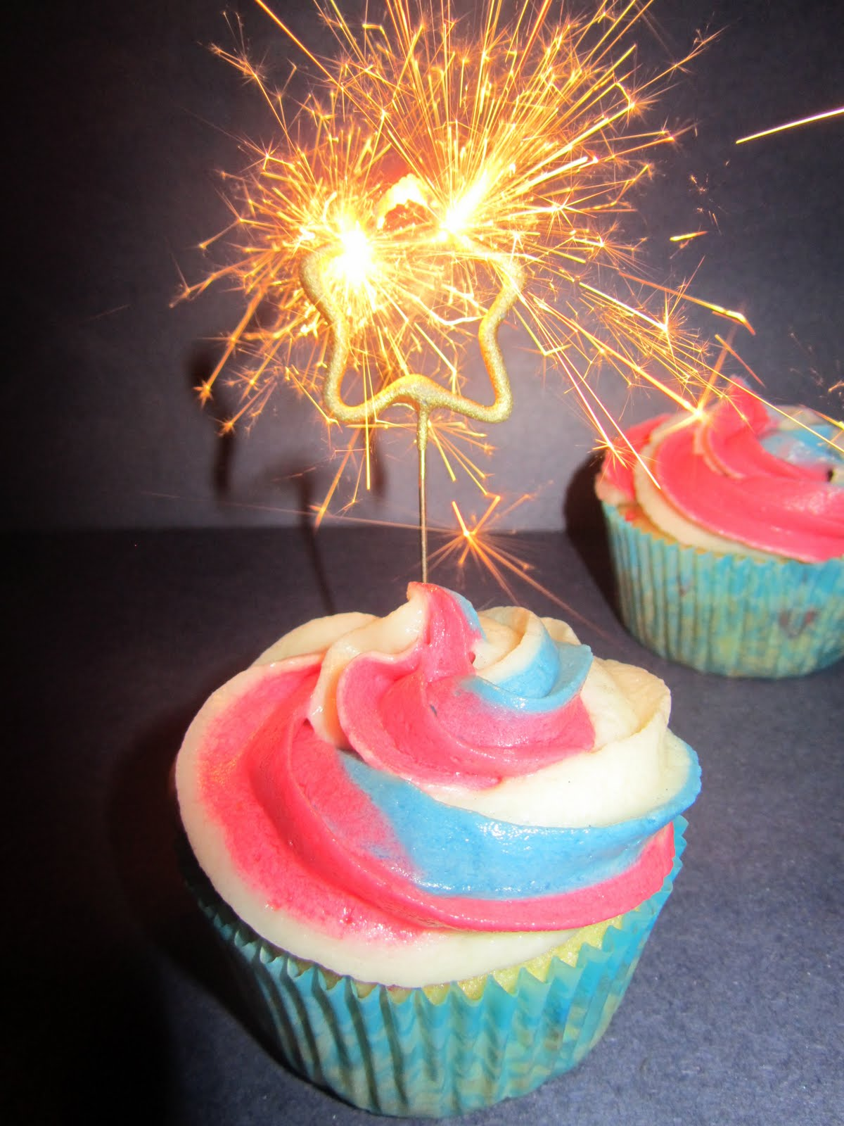 It S The Little Things In Life 4th Of July Cupcakes