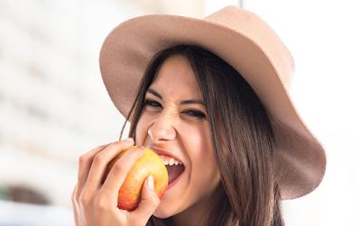 H δίαιτα που σου επιτρέπει να τρως ο,τι (μα ο,τι) θέλεις, αλλά μόνο 5 μπουκιές από αυτό