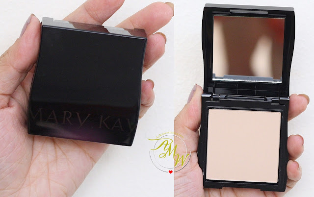 a photo of Mary Kay On-The-Go Mineral Pressed Powder in Ivory 2
