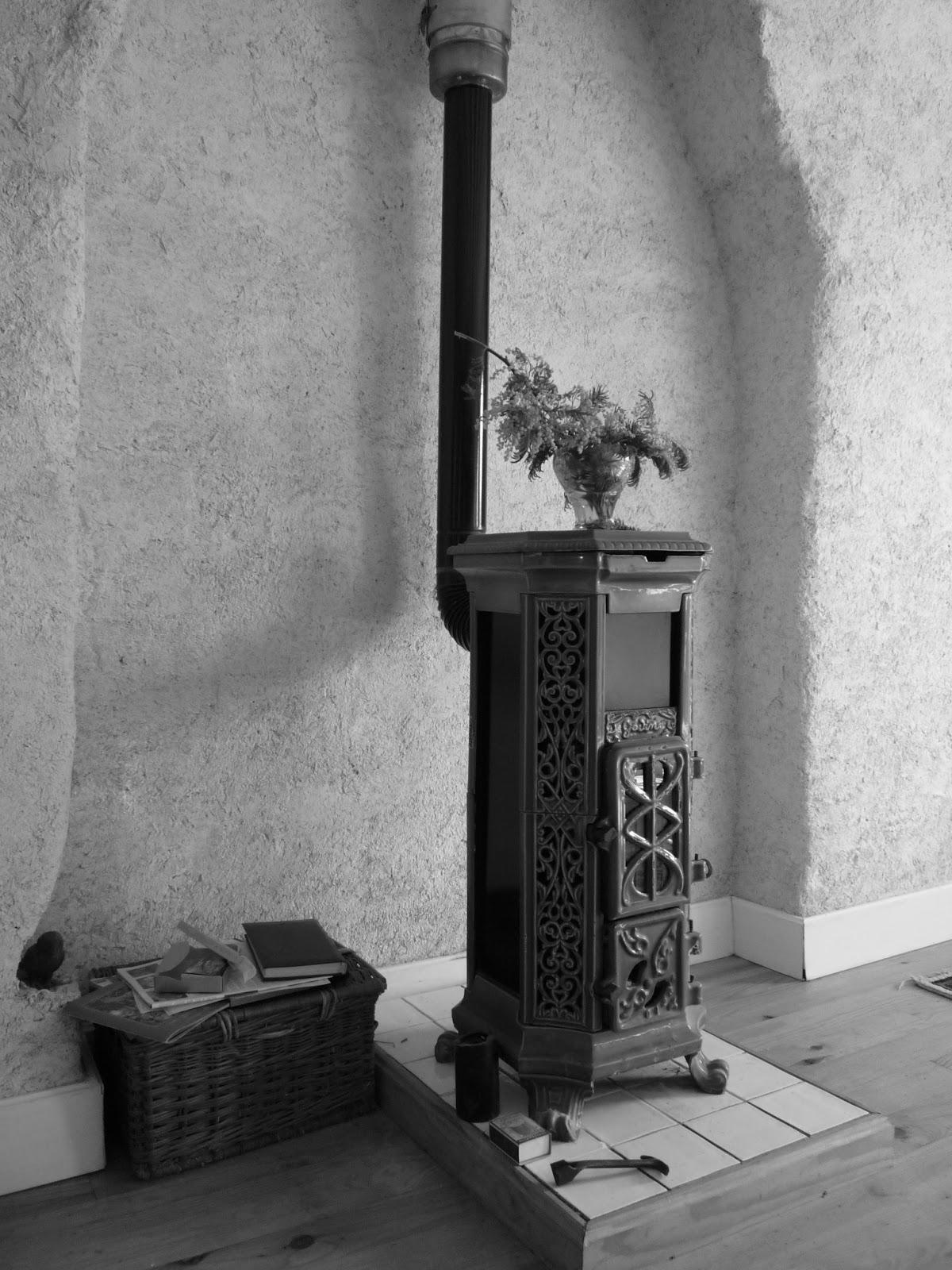 Godin stove Art Nouveau style