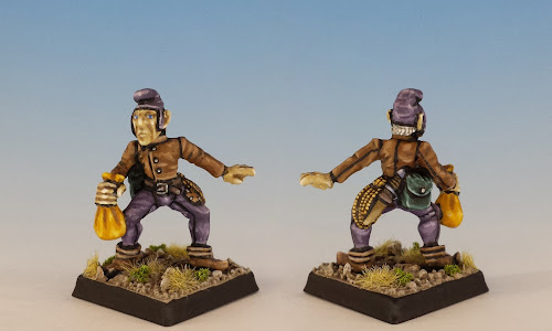 Talisman Thief, Citadel Miniatures (1985, sculpted by Aly Morrison)