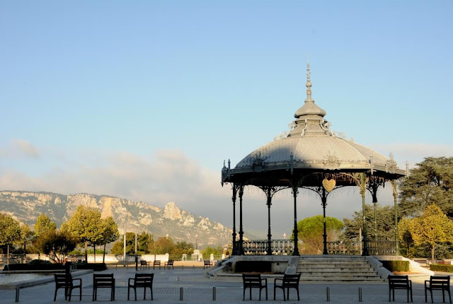 VALENCE, CITYTRIPPEN OP HET BALKON VAN DE RHÔNE
