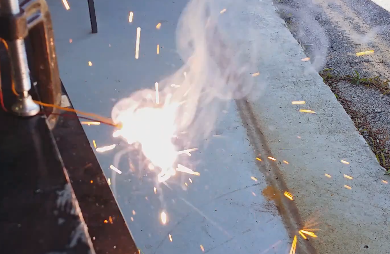 Smarter Every Day: DIY rocket igniters