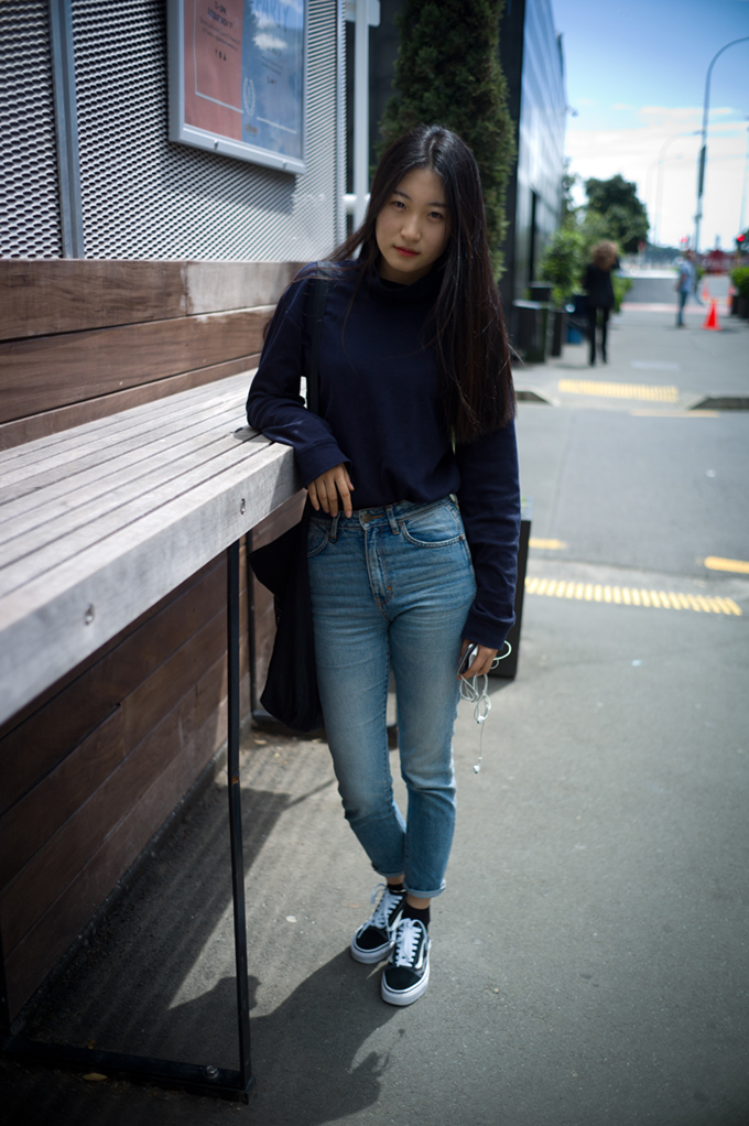 NZ street style, street style, street photography, New Zealand fashion, Japanese women,jeans, auckland street style, hot japanese girls,   kiwi fashion