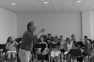 Rehearsal with Peter Phillips, members of the Zenobia Musica course in Avila - photo Nick Knight