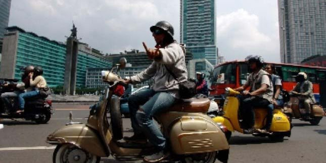 Anies akan Kembalikan Jalan Thamrin untuk Roda Dua