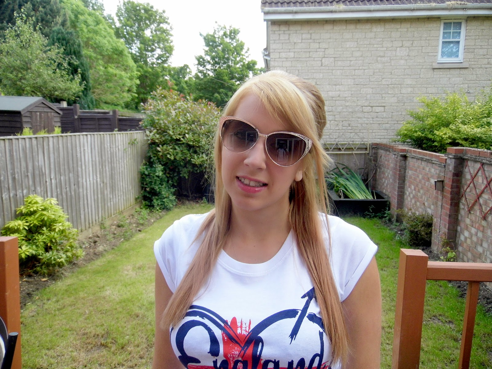 Cheap cat-eye sunglasses