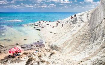 Ποια ελληνική παραλία είναι μέσα στις 30 καλύτερες του κόσμου;