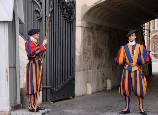 Суверенитет Ватикана не является национальным
