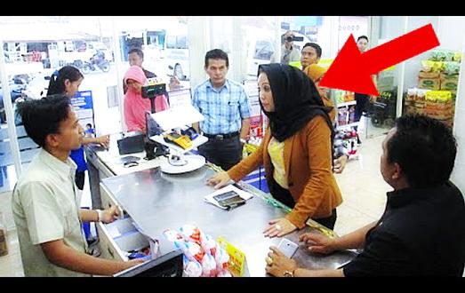 Sering Diminta Sumbangkan Uang Kembalian Anda Oleh Kasir Minimarket? Begini Solusinya