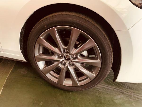 四代Mazda3四門BOSE旗艦款-原廠18吋輪圈