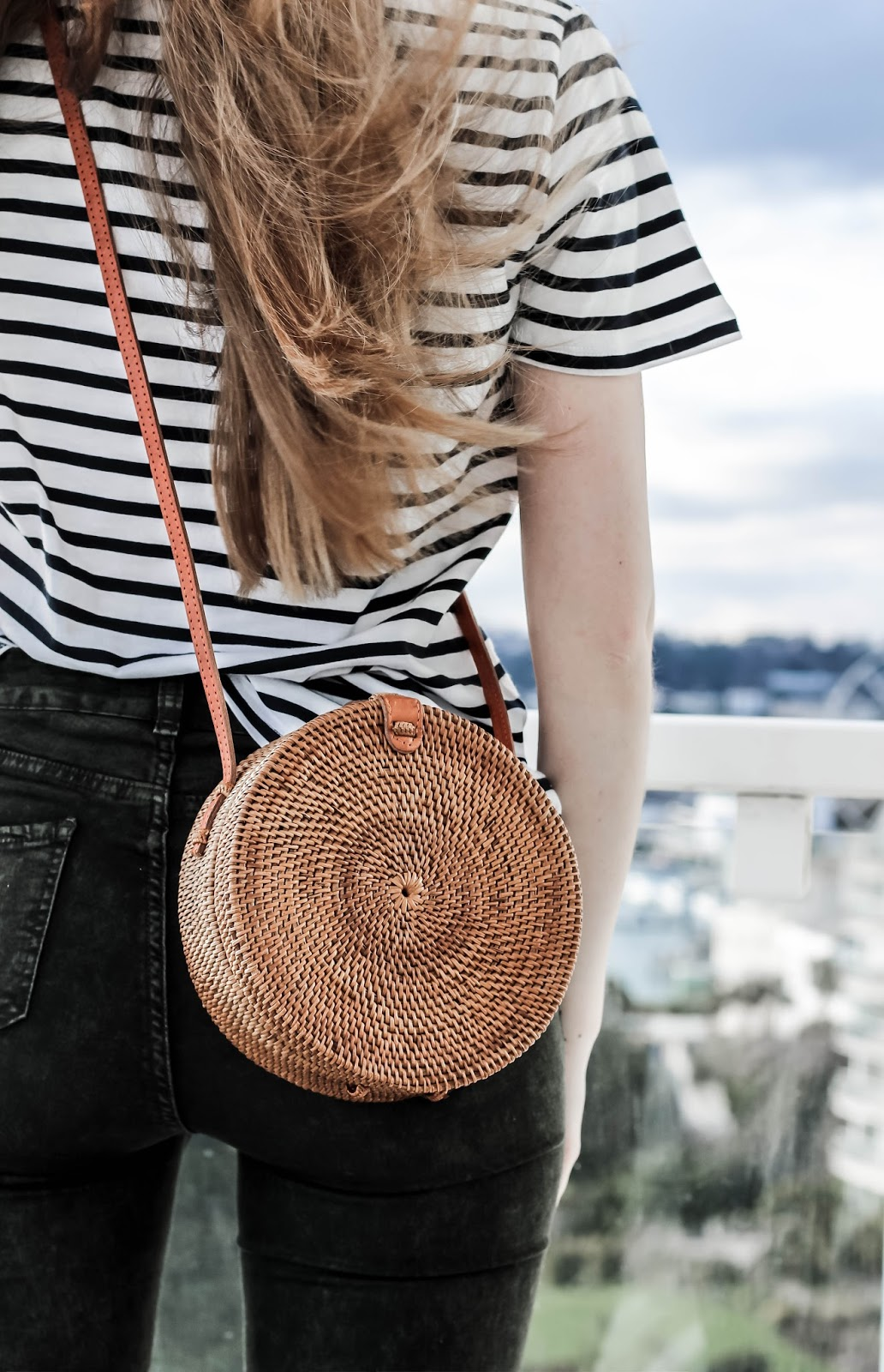 Urban Outfitters Circle Straw Crossbody Bag Review