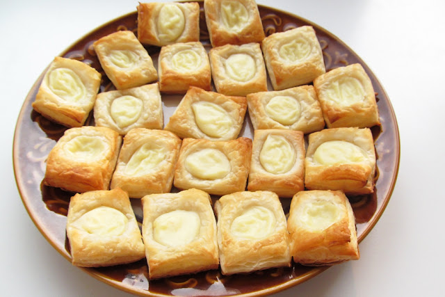 PQAP Bakery | Puff Pastry with Custard