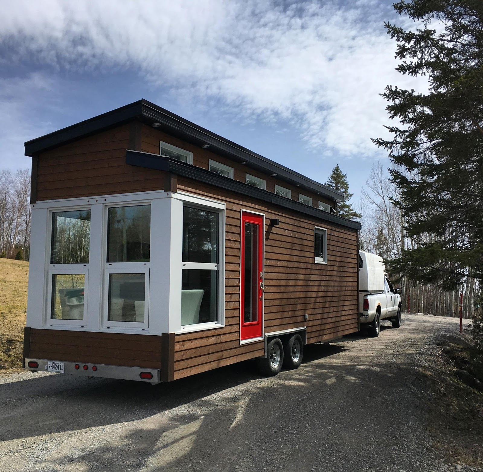 Tiny Home Designs: TINY HOUSE TOWN: La Contemporaine (208 Sq Ft