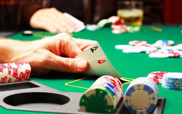 site γνωριμιών πόκερ όρια σε εισαγωγικά γνωριμιών