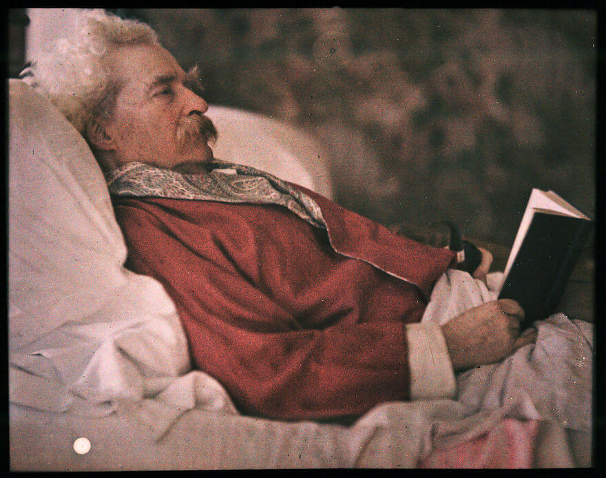 40 Old Color Pictures Show Our World A Century Ago - Autochrome Of Mark Twain, 1908